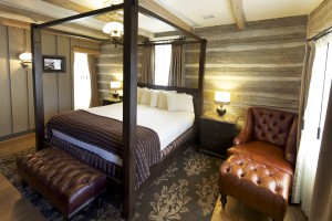 SR BA Red Horse Cabin Bedroom (2)